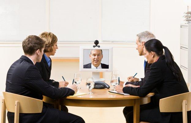 Hệ thống hội nghị truyền hình là hệ thống thiết bị truyền tải hình ảnh và âm thanh giữa hai hoặc nhiều địa điểm từ xa kết nối qua đường truyền mạng internet