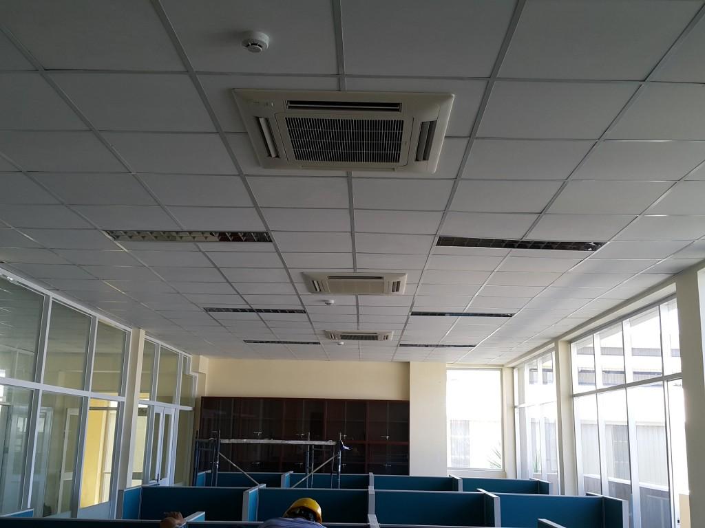 Nhà máy Tôn Hoa Sen