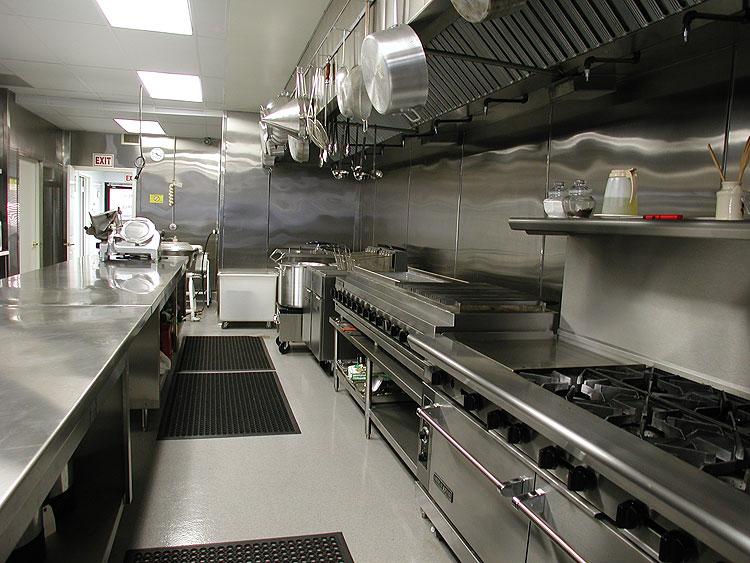 Khu vực bếp cần thiết kế hệ thống thông gió