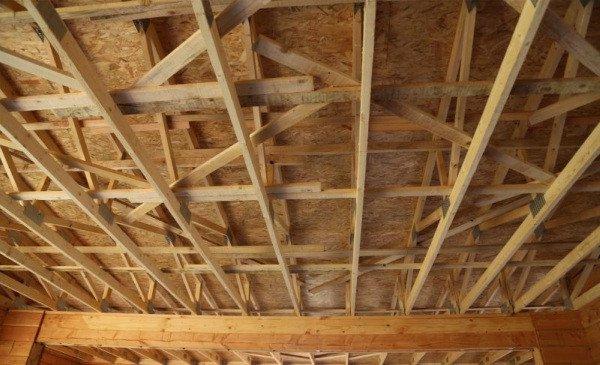 Phần nền nhà chống độ ẩm trực tiếp từ mặt đất.